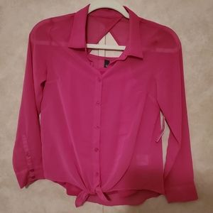 Sheer blouse with undershirt